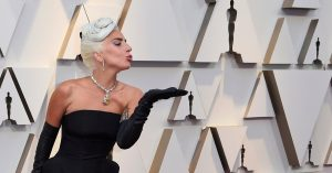 Lady Gaga in Oscar 2019 Wearing Tiffany & Co. Yellow Diamond necklace.